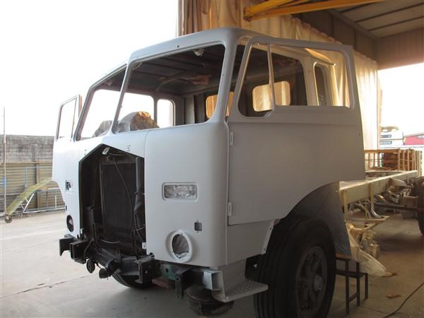 restauro camion epoca